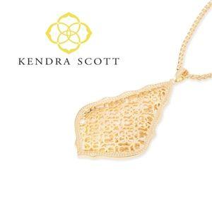 ■Kendra Scott■ Aiden Gold Filigree Pendant Neckla